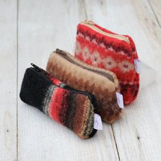 Trio of recycled wool zipper pouches - for the friend whose enormous bag could use some internal organization Recycled Sweaters, Wool Sweaters, Zipper Bags, Zipper Pouch, Craft Font, Felted Wool Crafts, Boho Bags, Upcycled Crafts, Wool Fabric
