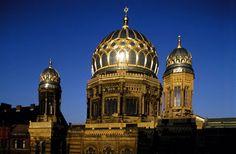 Neue Synagoge in Berlin Holy Land, Vacation Destinations, Taj Mahal, Adventure, Berlin Germany, Places, Israel, Bucket, Lost