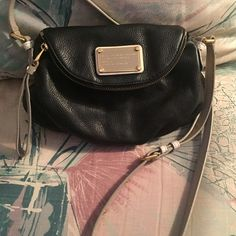 """Marc Jacobs Classic Q Natasha Mini black crossbody Marc Jacobs Classic Q Natasha Mini black crossbody, used once. Limited edition color. Comes with dust bag. Dimensions: 10"""" x 6"""" x 4"""". Marc by Marc Jacobs Bags Crossbody Bags"""