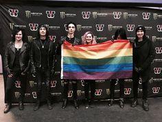 Black Veil Brides; The Resurrection Tour Flag LGBT ️