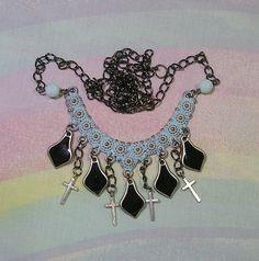 ♥ gothic lolita necklace, pastel goth necklace, Alice in Wonderland necklace, victorian jewelry, goth necklace, gothic lolita jewelry ♥  https://www.etsy.com/shop/starlightsparkles