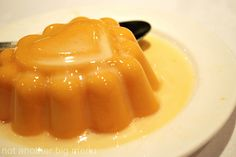 Mango pudding with sweet condensed milk