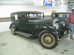 Stutz by dmoondog, via Flickr