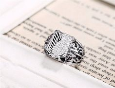 Perfect ring for any Anime or Attack On Titan Fan! Perfect for cosplay parties or simply as daily wear. Great for collectibles and as gift to friends or relatives. Size: 8 Weight: 15g