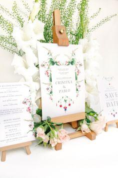 Invitación de boda con flores en acuarela para una boda dulce y elegante #Savethedateprojects #Weddinginvitations #Weddinginspiration