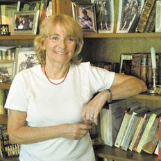 Gloria Pampillo (1938- 2013), autora de novelas y cuentos, fue una querida y respetada docente universitaria y una precursora de los talleres de escritura.