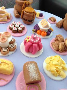 Teddy bears picnic cake @heavensentevents