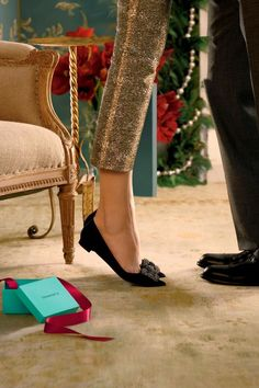 Summer Wind: Tiffany and Co. Holiday Ads + Manolo Blahnik Hangisi