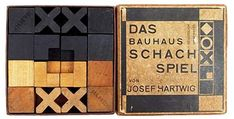 bauhaus-chess-set-bdb02