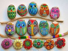 Greeting Card Painted stone Owls & Flowers by ISassiDellAdriatico