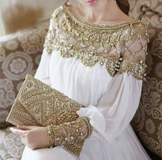 2018 women new fashion elegant vestidos formal korean runway white party long maxi spring summer dress long sleeve gold Jewelry - Women Fashion blouse summer blouse style blouse ideas Long Summer Dresses, Evening Dresses, Dress Summer, Summer Outfits, Eid Outfits, Evening Outfits, Long Dresses, Moda Indiana, Paris Mode