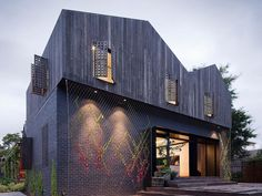 Simple House With Black Brick Wall And Black Wood Material Comfortable Twin Peaks House in Melbourne Home decoration