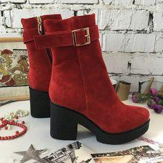 7 отметок «Нравится», 1 комментариев — shoes_EVA Женская обувь 👠 (@shoes_eva) в Instagram: «Арт.Е-С/04  Материал: натуральная кожа/лак/замша Высота каблука: 9 см Высота впереди 3 см Сезон:…»