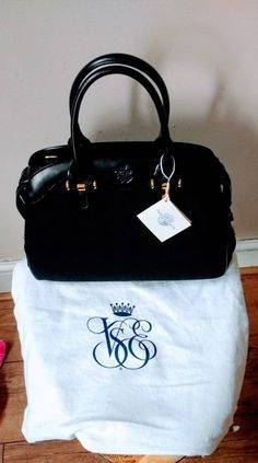 Venice Simplon Orient Express Black Handbag. Gold & Black Luxurious Design, Made In Italy. New and Unused with Dustbag and original tag Simplon Orient Express, Liberty Of London, Agatha Christie, Black Handbags, Vintage Gifts, I Fall In Love, Burlesque, Venice, Black Gold