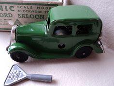 Tri-ang Minic Ford Saloon