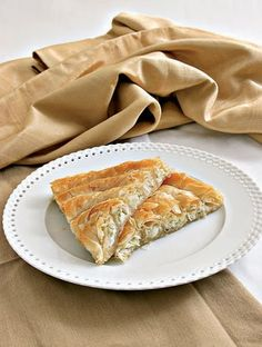 """Amateur Cook Professional Eater - Greek recipes cooked again and again: SAVOURY PIES WEEK 1: Traditional """"Kihi"""" spiral pie with leeks and feta cheese"""