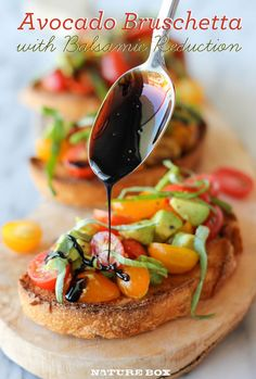 This Avocado Bruschetta recipe is the perfect dinner party appetizer! Bet I could make this paleo somehow!