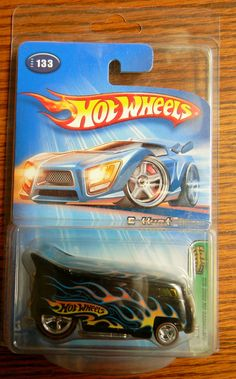 2005 Hot Wheels Treasure Hunt 133 Customized VW Drag Bus | eBay