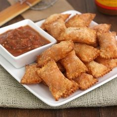Homemade Pizza Rolls by Tracey's Culinary Adventures - uses wonton wraps; Finger Food Appetizers, Appetizer Recipes, Snack Recipes, Pizza Recipes, Cookbook Recipes, Cooking Recipes, Skillet Recipes, Cooking Tools, Homemade Pizza Rolls