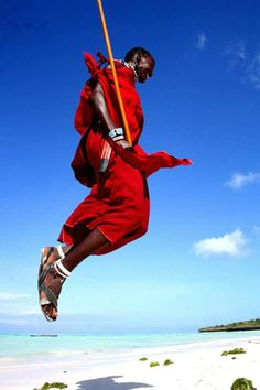 SAFARI IN TANZANIA CON NOI - #giruland #diariodiviaggio #raccontirealidiviaggio #dilloingiruland #travel #africa #tanzania #masai #video Tanzania, Masai, Video, South Africa, Superhero, Fictional Characters, Superheroes, Fantasy Characters