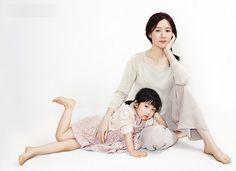 Con gái Lee Young Ae thừa hưởng vẻ đẹp từ mẹ