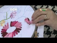 DIY Cojines bordados en cintas girasoles - DIY cushions embroidered ribbons sunflowers - YouTube