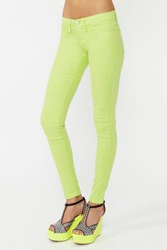 Dream Skinny Jeans - Lime in Clothes Bottoms at Nasty Gal Colored Skinny Jeans, Colored Pants, Bright Pants, Neon Pants, Green Skinnies, Yellow Shoes, Neon Shoes, Pants For Women, Clothes For Women