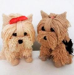 Very beautiful these dogs in crochet. see the standard — Emerson Renato Carla Breda From Love knitting and crocheting group on Facebook