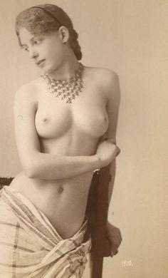Naked Indian Girls Big Hips