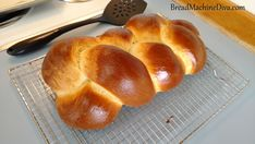 Challah Bread Machine Recipe, Zojirushi Bread Machine, Challah Bread Recipes, Bread Machine Recipes, Quick Bread, How To Make Bread, Hamburger Bun Recipe, Hamburger Buns, Challa Bread
