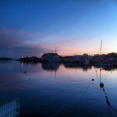 Vinterferie ved sjøen i år. #solkysten #grimstad #biodden #universitycity #sunset #ilovenorway #grimstadhavn #greitmedferie #iphone4