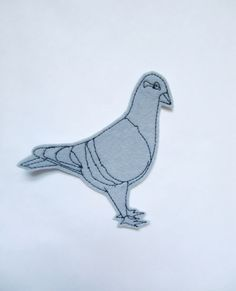 Iron on patch pigeon in gray - sew on patches - birds - felt animals by dahliasoleil on Etsy https://www.etsy.com/listing/253438345/iron-on-patch-pigeon-in-gray-sew-on
