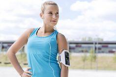 Bist du ein Sportmuffel oder hast einfach wenig Zeit für Workouts? Dr. Michael Spira verspricht, dass man mit nur 12 Minuten Sport pro Woche abnehmen kann.