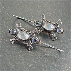 Strukova Elena - авторские украшения - Серьги с лунным камнем и иолитами