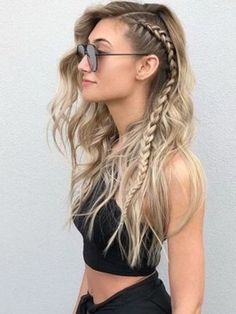 50 Hair Color Ideas For Short Hair - Color Inspirations for 2019 Check out some of the best balayage brown hair looks, including the soft and natural to the bold and striking. The perfect way to update your brunette locks. Easy Hairstyles For Long Hair, Braids For Long Hair, Straight Hairstyles, Braided Hairstyles, Fall Hairstyles, Hairstyle Ideas, Hair Ideas, Style Hairstyle, Short Haircuts