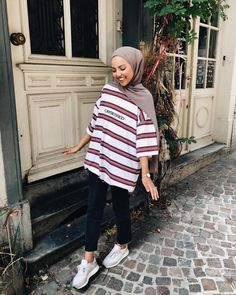 112 hijabs not to be missed this winter – page 1 Hijab Fashion Summer, Street Hijab Fashion, Muslim Fashion, Modest Fashion, Fashion Outfits, Hijab Outfit, Modest Dresses, Modest Outfits, Hijab Jeans