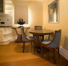 Art Deco Interior Design | Art Deco Dining Table with Chairs