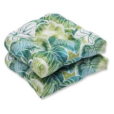 The Pillow Perfect Key Cove Lagoon Outdoor Cushion Set in Green brings a tropical foliage design to your outdoor living space. This set of 2 cushions will make al fresco meals more inviting. Choose from 2 sizes. Size: x Gender: unisex.