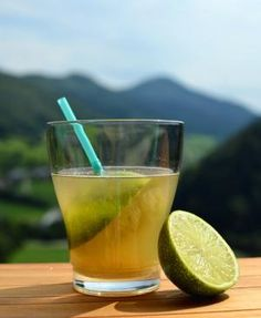 Cocktail TI PUNCH Ingredients: 2 cl. Lime 2 cl. Sugar Syrup or Cane Sugar 6 cl. White Rum