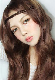 korean makeup looks Gyaru Makeup, Pony Makeup, Ulzzang Makeup, Kawaii Makeup, Hair Makeup, Makeup Art, Eye Makeup, Beauty Make-up, Asian Beauty