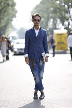 double-breasted Linen jacket with distressed denim jeans, Urban Street Style, Men's Spring Summer Fashion.