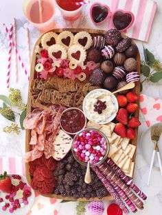 Valentine's Day Grazing Board Create a sweet and savory presentation of your fav.- Valentine's Day Grazing Board Create a sweet and savory presentation of your favorite Valentine's Day treats with a cheese, chocolate and candy grazing board Valentines Day Food, Valentines Gifts For Boyfriend, Valentine Party, Valentines Baking, Valentines Recipes, Valentines Day Chocolates, Valentine Treats, Valentines Day Decorations, Funny Valentine