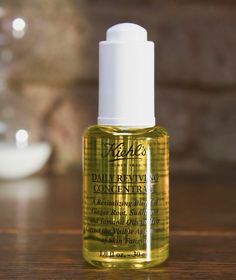 Your skin should be as radiant as a sunny summer Saturday (even when it's a drizzly autumn Monday). Luckily, our Daily Reviving Concentrate gives your skin all day energy in a few drops. Made with Tamanu Botanical Oil, Sunflower Botanical Oil and Ginger Root Essential Oil, this serum strengthens skin to keep it youthful.