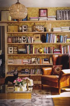 Laura Gonzalez's Home. Scanned from Elle Decoration. Via Moodboard.