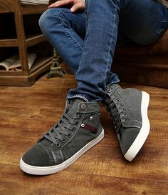 78fa6dc382af Denim high-top casual sneakers for the modern man - Comfortable breathable  upper -