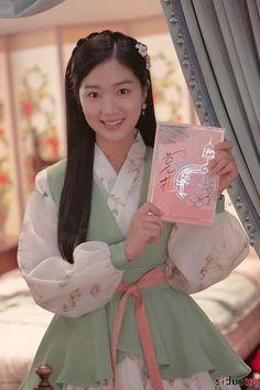 Asian Actors, Korean Actresses, Korean Actors, Actors & Actresses, Korean Drama Stars, Korean Drama Movies, Korean Dramas, Kim Sejeong, Hallyu Star