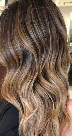 Trendy Ideas For Hair Dyed Ideas For Brunettes Locks – Balayage Hair Styles Brown Hair With Blonde Highlights, Brown Ombre Hair, Light Brown Hair, Hair Highlights, Ombre Hair Color For Brunettes, Color Highlights, Brunette Color, Balayage Brunette, Brunette Hair