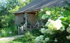 Cottage And Guest Rooms - Irish Hollow | Bed & Breakfast Country Inn Galena IL