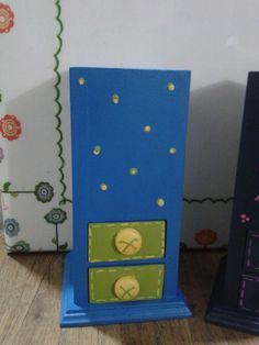 caja de lapices en madera country