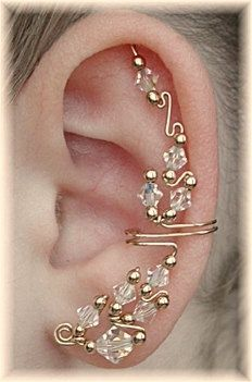ear cuff, I wan this, as long as I don't have to have thousands of piecings